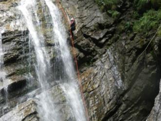 Canyoning nel comune di Claut nella forra di Casavento